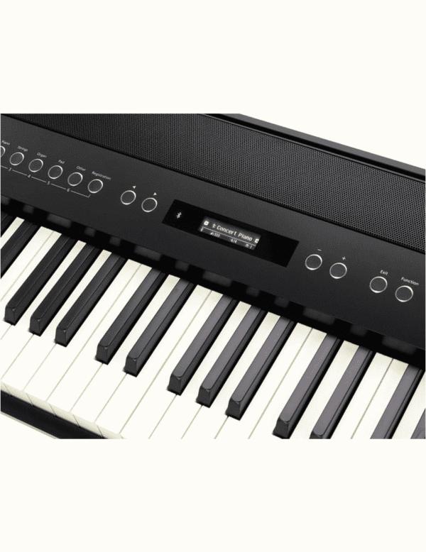 ROLAND FP-60 BK